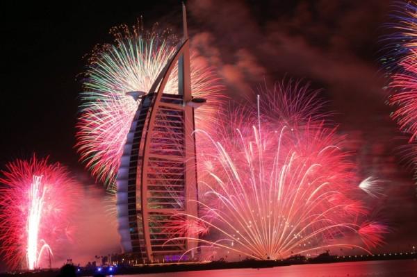 Новогодние праздники в ОАЭ