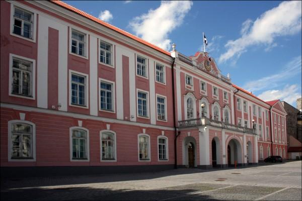 Таллинн. Парламент фото