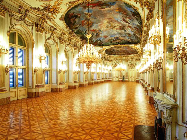 Дворец Шенбрунн. Большая галерея